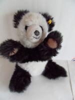 Steiff panda bear Molly button/flag Germany 2240