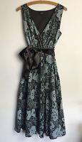 Papaya Size 14 Bold Floral Print Vintage Style Sleeveless Tea Dress