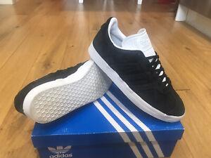 Mens Adidas Gazelle Trainers Size 8 Black