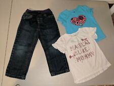 LOT OF 3 PIECES OF GIRLS CLOTHING: JEANS & T-SHIRTS (SIZE: 4T) CARTER'S & JK