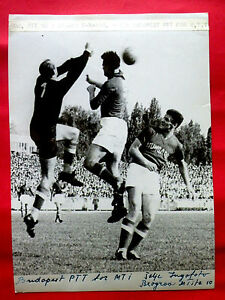 YUGOSLAVIA vs HUNGARY FOOTBALL SOCCER 1958 ZAGREB ORIGINAL VINTAGE PRESS PHOTO