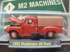 M2 MACHINES - DETROIT-CRUISERS - 1952 STUDEBAKER 2R PICKUP TRUCK - 1/64