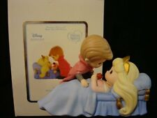 yi Precious Moments-Sleeping Beauty/Prince Charming-Disney Showcase Collection