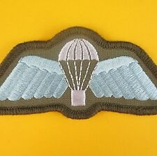 GENUINE AUSTRALIAN ARMY KHAKI POLYESTER  PARA AIRBORNE WINGS BREVET PATCH  RAR