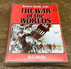 H G Wells - THE WAR OF THE WORLDS - Read by Robert Hardy - Double Cassette