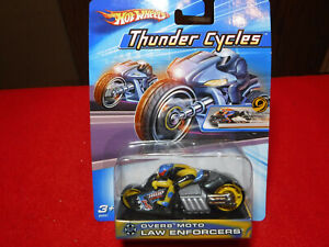 2004 Hot Wheels Thunder Cycles Over8 Moto Law Enforcers B4543 NIP