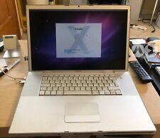 """Apple MacBook Pro 17"""" 2006 SSD 120GB RAM 4GB Senza batteria - Ricondizionato"""