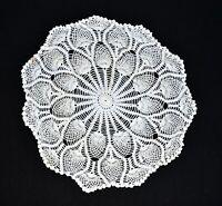 """Vintage Handmade White Pineapple Design Crochet Fan Border Diameter 17"""""""
