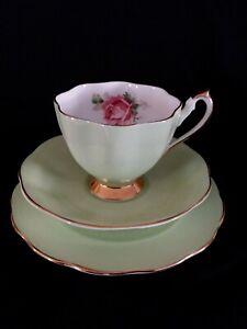 Stunning QUEEN ANNE Fluted GREEN Rose Bone china Tea trio