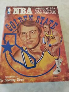 National Basketball Association Official 1975-76 Guide. Rick Barry Cover.