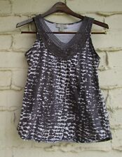 Women's L By Design Top, Abstract Gray White Exotic Cat Spots Trim V-Neck Slvlss