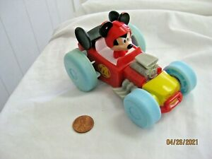 Disney Mickey and the Roadster Racers Splashin' Speed Mickey Hydro Wheels Car
