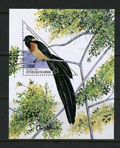 P927  Benin  1999  birds   sheet    MNH