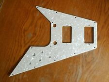 PICKGUARD FOR / POUR GIBSON FLYING V VINTAGE WHITE PEARL NEW 4 PLY / NEUF