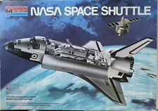 1/72 NASA Space Shuttle  Monogram 5702 Model kit