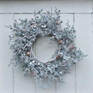 Winter Wonderland Faux Frond & Pinecone Door Wreath, Artificial Xmas Decoration