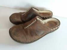 UGG KOHALA 5154 SIZE 8 BROWN LEATHER/SHEARLING MULES/CLOGS/HOUSE SLIPPER