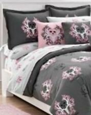 Set Of 2 Bone Collector Gray/Pink PillowSham New In Pack