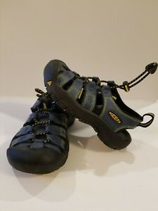 Keen Kids Sandals Water Shoes  Size 10