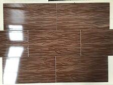 Wandfliese 30x60 Begonya Braun glanz / Design Blattmuster - Großhandelspreisen