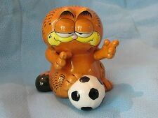 ENESCO GARFIELD CAT SOCCER PLAYER BANK CERAMIC  FIGURINE