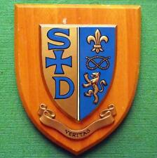 c1960 University College School S&D Veritas Hand Painted Oak Crest Shield Plaque
