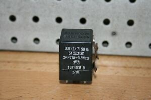 1991 BMW 325i E30 Flasher Relay turn signal 1371909