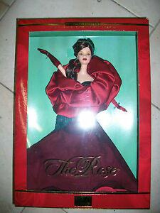 Flowers in Fashion The Rose Barbie 2001 W/Shipper