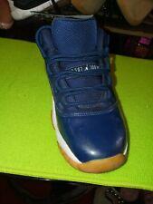 Nike Boy's Size 4Y Air Jordan Navy blue shoes