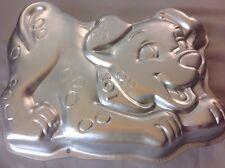 Wilton 101 Dalmations Disney Puppy Cake Pan Mold Treats 1996 2105-3250