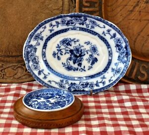 Vintage willow pattern butter dish & small oval plate