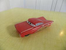 DISNEY PIXAR-CARS VOITURE RAMONE FLASH McQUEEN PLASTIQUE  BON ETAT !