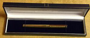 St Dupont Fountain Pen 18ct Gold Nib