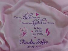 Babydecke mit Namen und Datum bestickt Taufdecke