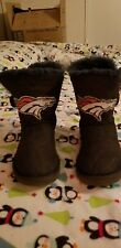 Denver Broncos UGG Mini Bailey Button Bling Navy Blue Suede Boots Size 7 Womens