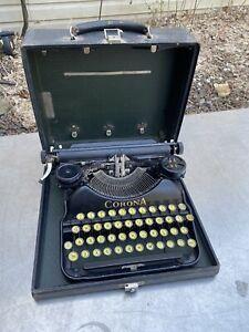 Vtg Corona 4 TYPEWRITER Case Swag Keys Black Sc