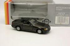 Gama 1/43 - Mercedes SL Gris oscuro