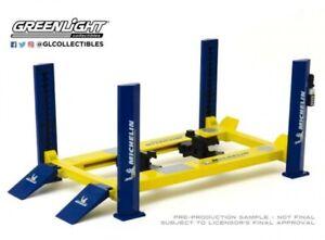 Greenlight Hebebühne 4-post-lift Michelin 13554 blau-gelb 1:18 Werkstatt Diorama