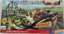 MarioKart Mario Deluxe Circuit Track Set Hot Wheels incl 2 Die cast carts