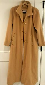 St John Collection Marie Gray  Camel Cashmere Coat With Fox Trim on Hood WOW