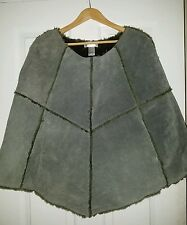 NWOT GREEN SUEDE SHEARLING STYLE PONCHO (SIZE SMALL)