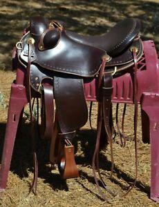 "Parelli Natural Performer Saddle Regular Tree 17.5"" Seat - Hornless"