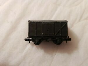 A Model Railway British Box Wagon In N Gauge By Peco Unboxed
