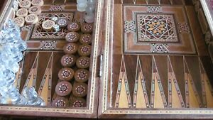 INLAID VINTAGE FOLDING CHESS/BACKGAMMON BOARD AND PIECES