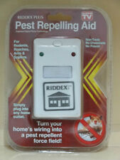 6 pack Riddex Pest Repellent and rodent