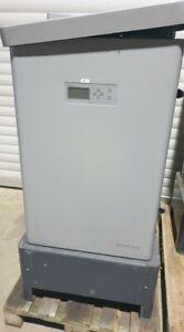 Schüco Wechselrichter für Solaranlage 33KW outdoor IPE033 CN05 gebraucht defekt