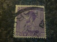 NEW ZEALAND POSTAGE STAMP SG467 3/- USED