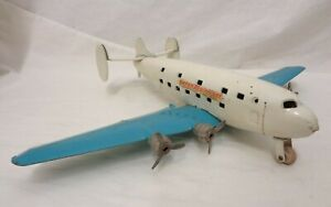VINTAGE WYANDOTTE TOYS SUPER MAINLINER UNITED AIRLINES AIRPLANE TOY ALL ORIGINAL