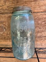 EARLY BEEHIVE QUART SIZE MASON'S PATENT NOV 30TH 1858 FRUIT JAR WITH LID