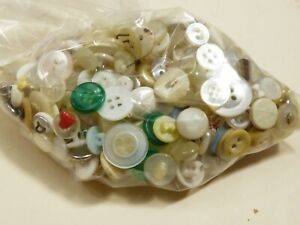 Vintage  lot of White color 5.3 oz Bag Sewing Buttons